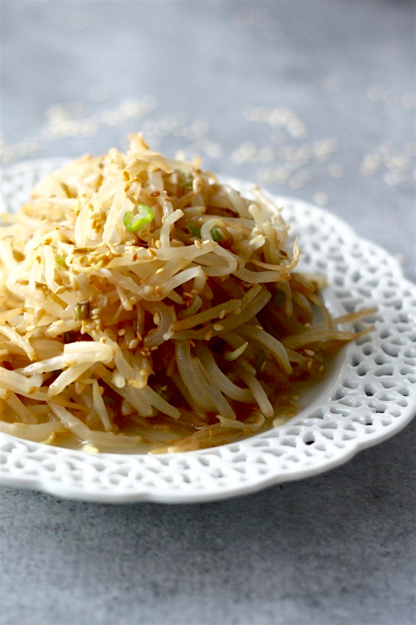 Korean Bean Sprout Side Dish   SpoonfulOfButter.com