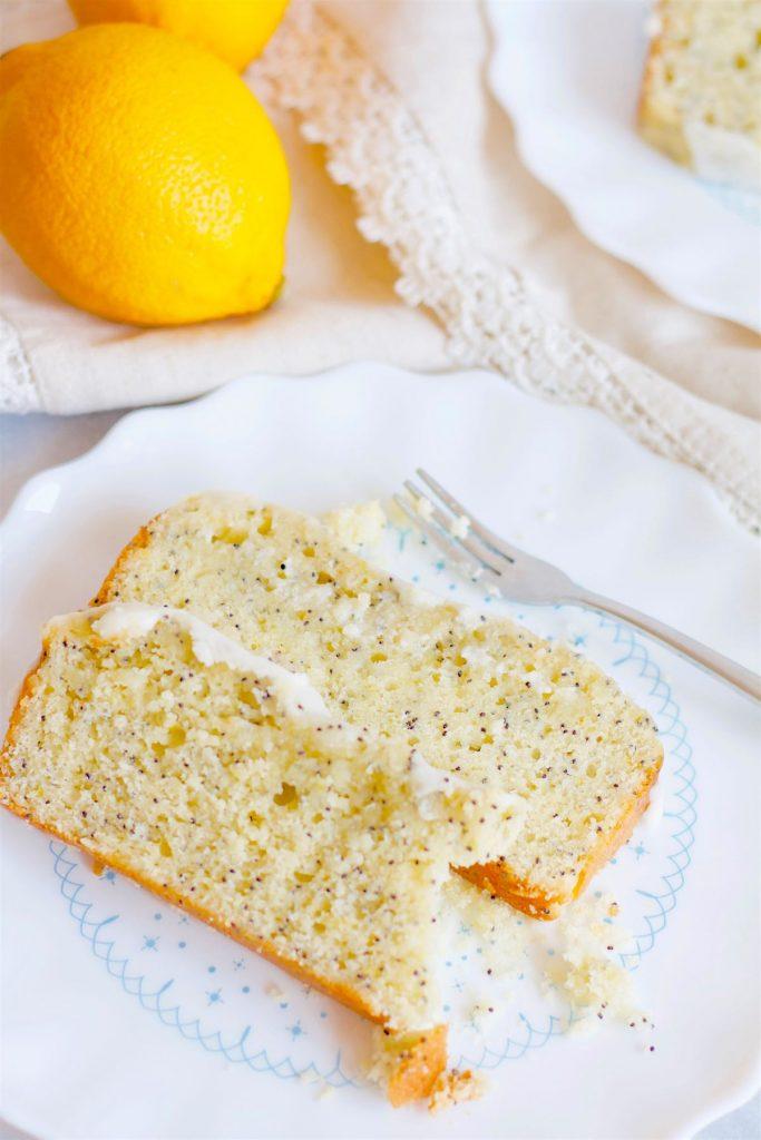 Lemon Poppy Seed Loaf | www.SpoonfulOfButter.com