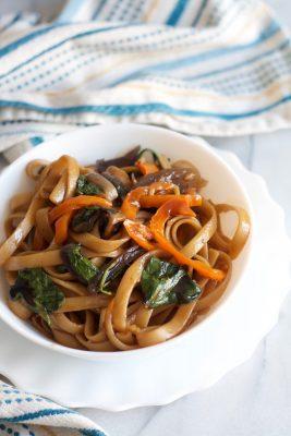 Asian Noodles | www.SpoonfulOfButter.com