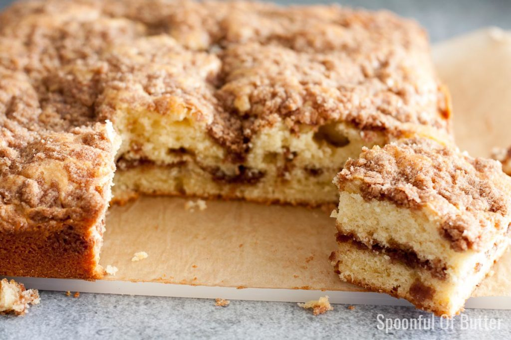 Cinnamon Crumb Coffee Cake | www.SpoonfulOfButter.com