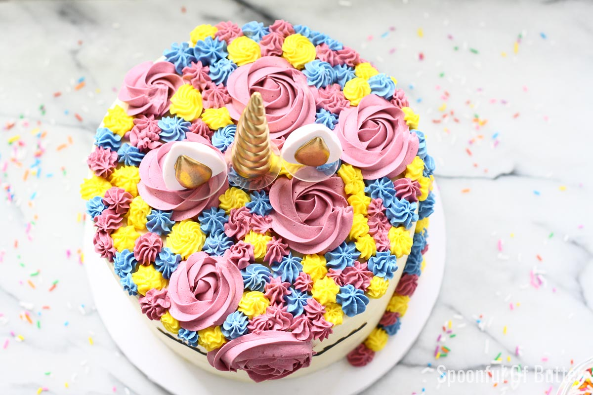 DIY Birthday Unicorn Cake 7 - an easy way to make unicorn birthday cake.